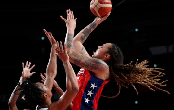 9分险胜!美国女篮81-72险胜尼日利亚险翻船 奥运金牌悬了